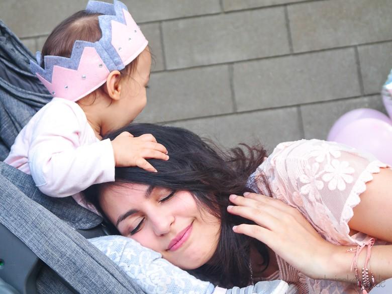 Babys erster Geburtstag Shooting mit Filzkrone
