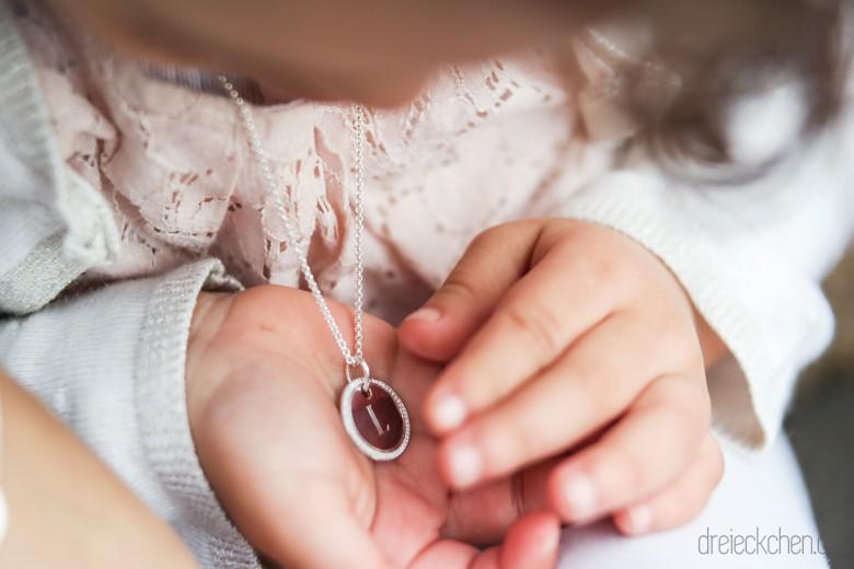 Grvierte Kette für Kinder als Geschenk
